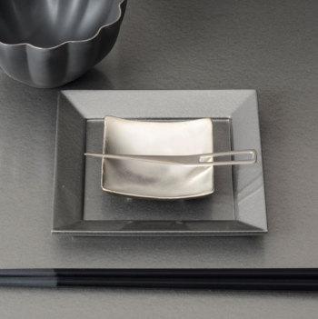 イタリア角豆皿ピューターYSI-0063【Y'shomestyle/やま平窯/有田焼/磁器/和食器/和モダン/おしゃれ/日本製/madeinjapan】